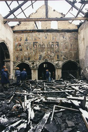 25122014_Libro su chiesa santa maria bzona incendio prima