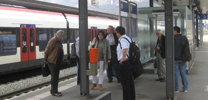 07042018_Mendrisio_assemble Pro Bahn-mobilita attesa in stazione con treni ritardo