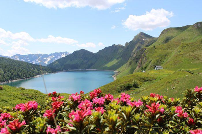 Ritom Lake